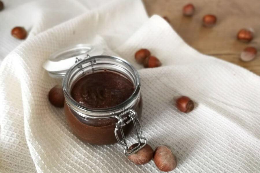 domowa nutella bez cukru - tratva - sloik